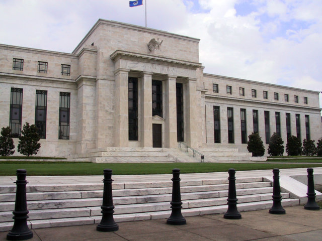 Federal Reserve Debates End to Bond-Buying - Quantitative Easing