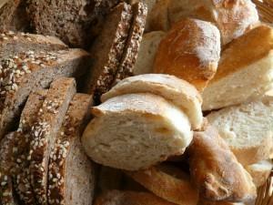 Grupo Bimbo Buys Canada Bread